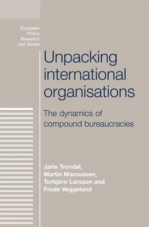 Cover Unpacking international organisations
