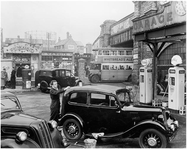 People don't lock their doors : The British working class in postwar